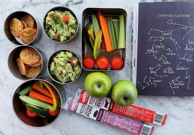 Lunch for kids - sorted! 🎒✅  Thanks to @staraniseorganic for the 📷, you can find our range of products at her fantastic Bronte store.  #wheredoyoukooee #brontebeach #lunchboxideasforkids